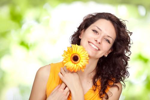 5 depoimentos de clientes satisfeitos com a entrega de Flores para a Europa da FloraWeb
