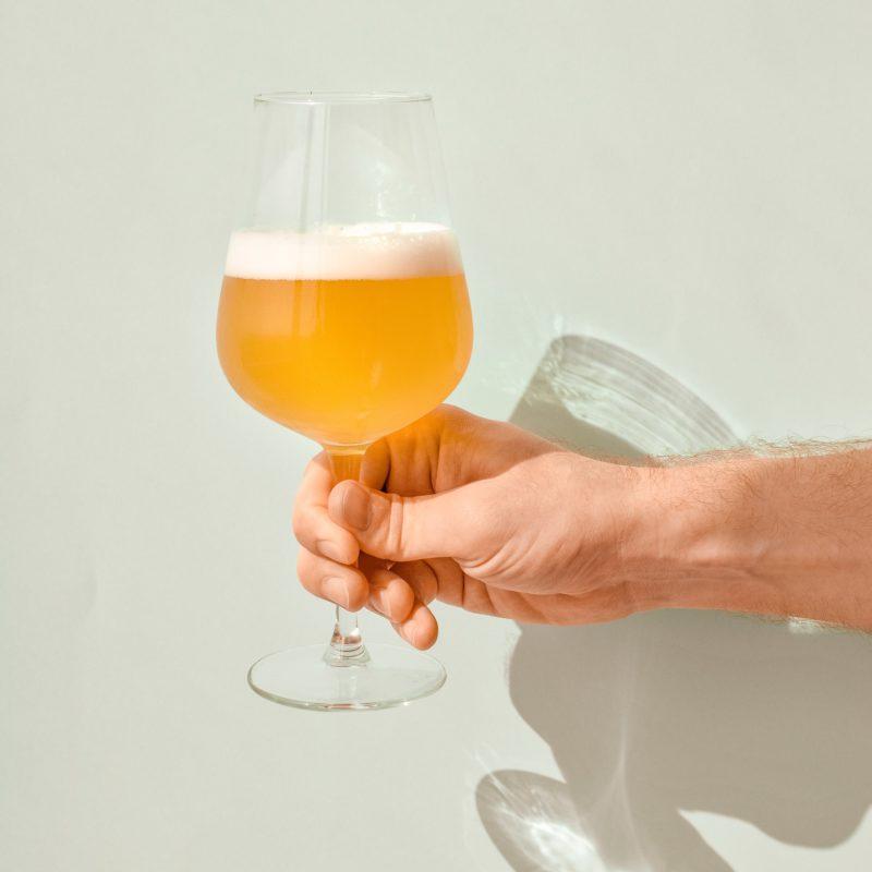 Aceita uma cerveja?